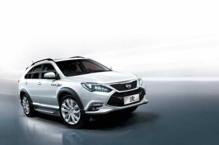 Новая продажа гибридного кроссовера BYD Tang SUV, который взорвет местный рынок.
