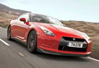 Nissan GT-R  GT-R