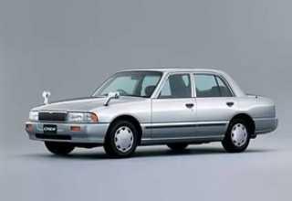 Nissan Crew седан 1994 - 2002